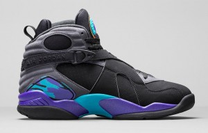 Air-Jordan-8-Retro-Aqua-Medial[1]
