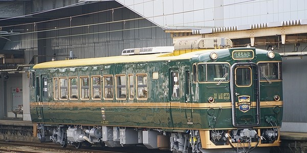 【鉄道】快速ベル・モンターニュ・エ・メール(べるもんた)<城端線>