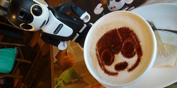 【ロボット】『ロボホンカフェ』へロボホンと行ってきた!