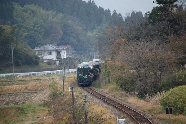 train0181_photo0043