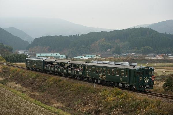 train0181_photo0051