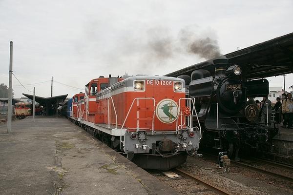 train2178_photo0049
