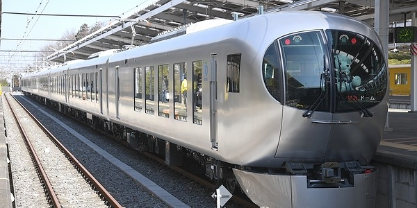 【鉄道】西武鉄道 団体臨時列車 ドーム 「Laview(ラビュー)」